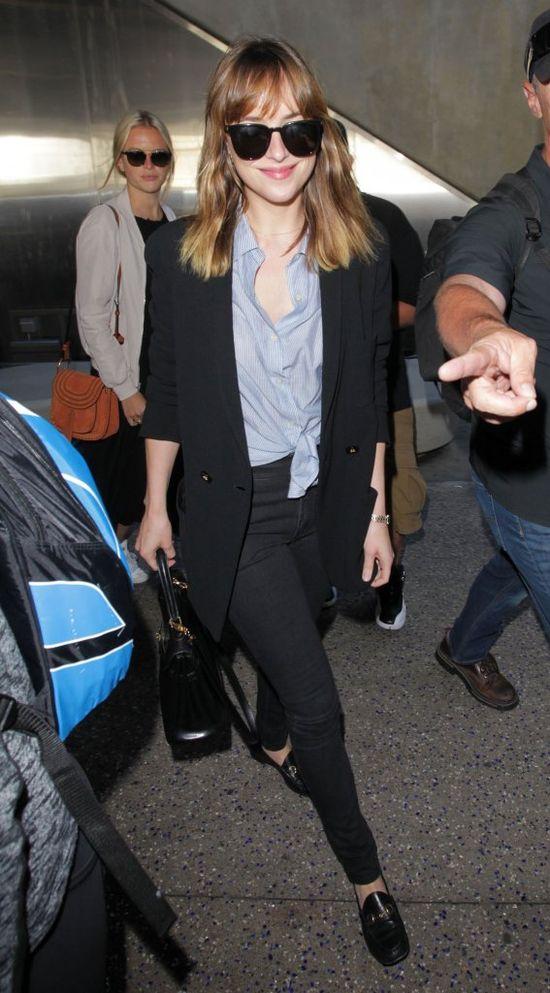 Dakota Johnson powróciła z Nicei w gwiazdorskim stylu (FOTO)
