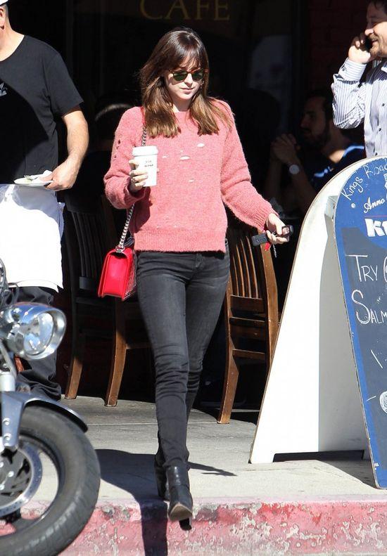 Dakota Johnson now� kr�low� ustawek? (FOTO)