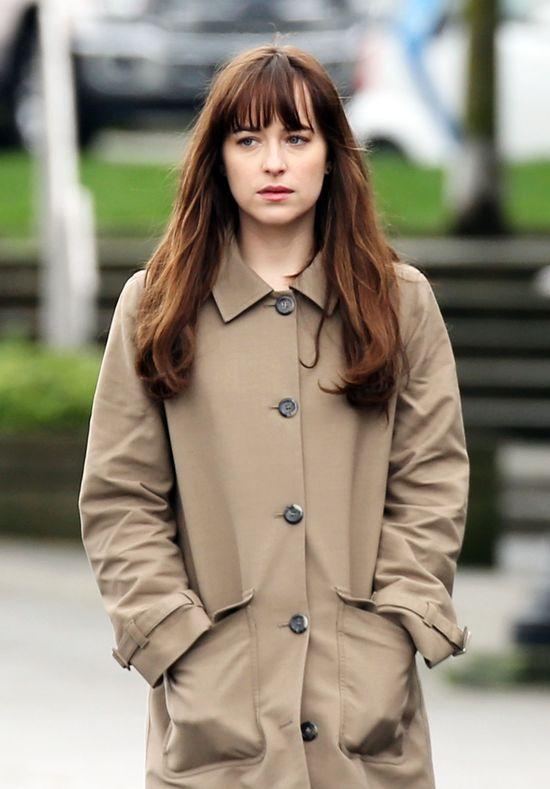 Piękna Dakota Johnson na planie Ciemniejszej Strony Greya!