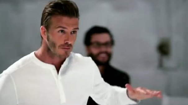 David Beckham gra Bethovena piłkami [VIDEO]