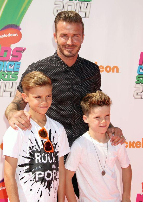 David Beckham zostawił 9-letniego syna w gorącym aucie!
