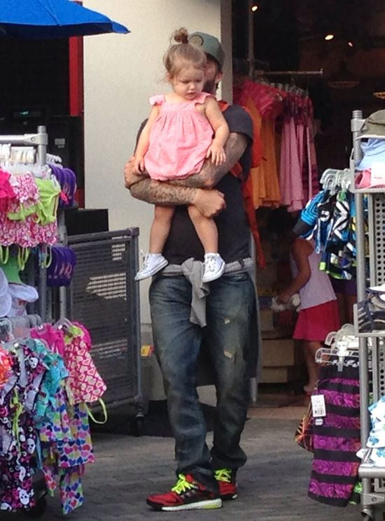 Troskliwy tata David Beckham