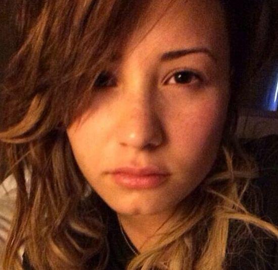 Chłopak sfotografował Demi Lovato zaraz po seksie? (FOTO)