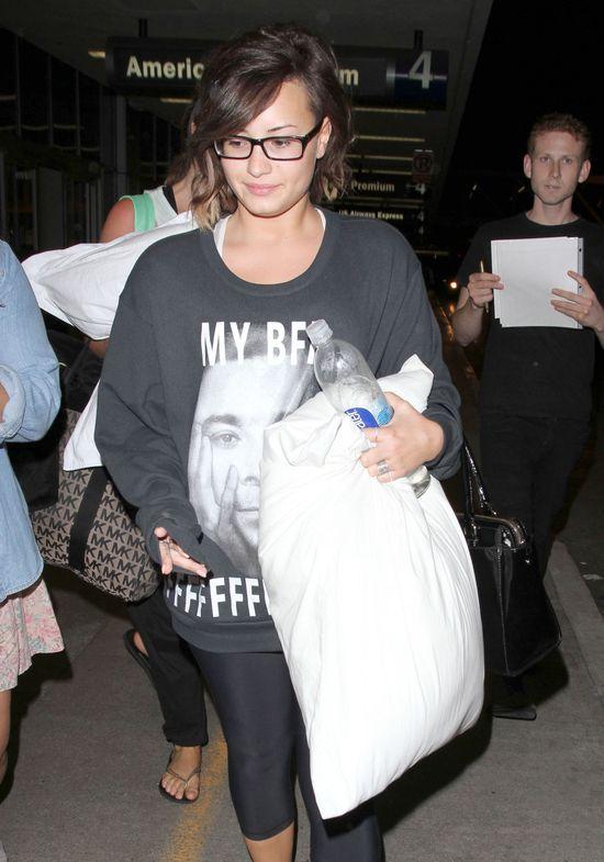 Co powiecie na Demi Lovato bez makijażu i doczepów? (FOTO)