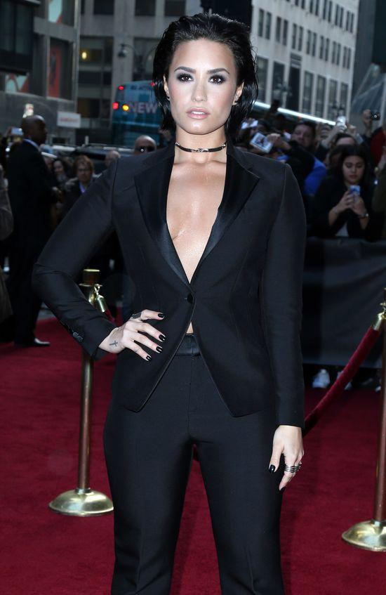 Ups! Demi Lovato zaliczyła spektakularny upadek...