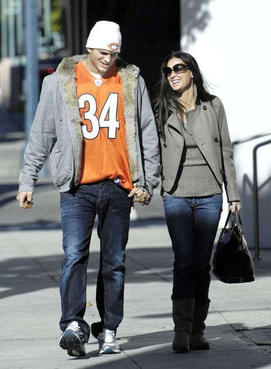 Mila Kunis do Demi: Trzymaj się z dala od mojej rodziny!