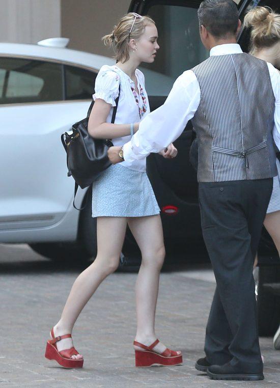 Lily Rose Depp zmienia styl (FOTO)