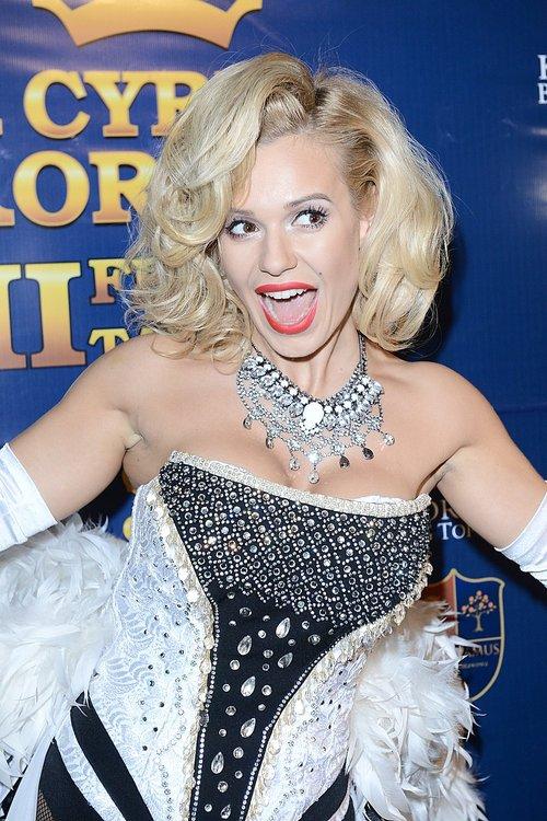 Doda jak Marilyn Monroe na słonicy (FOTO)