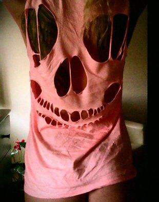 Doda straszy koszulką (FOTO)