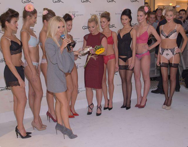 Jaki prezent Doda wręczyła Britney Spears? (FOTO)