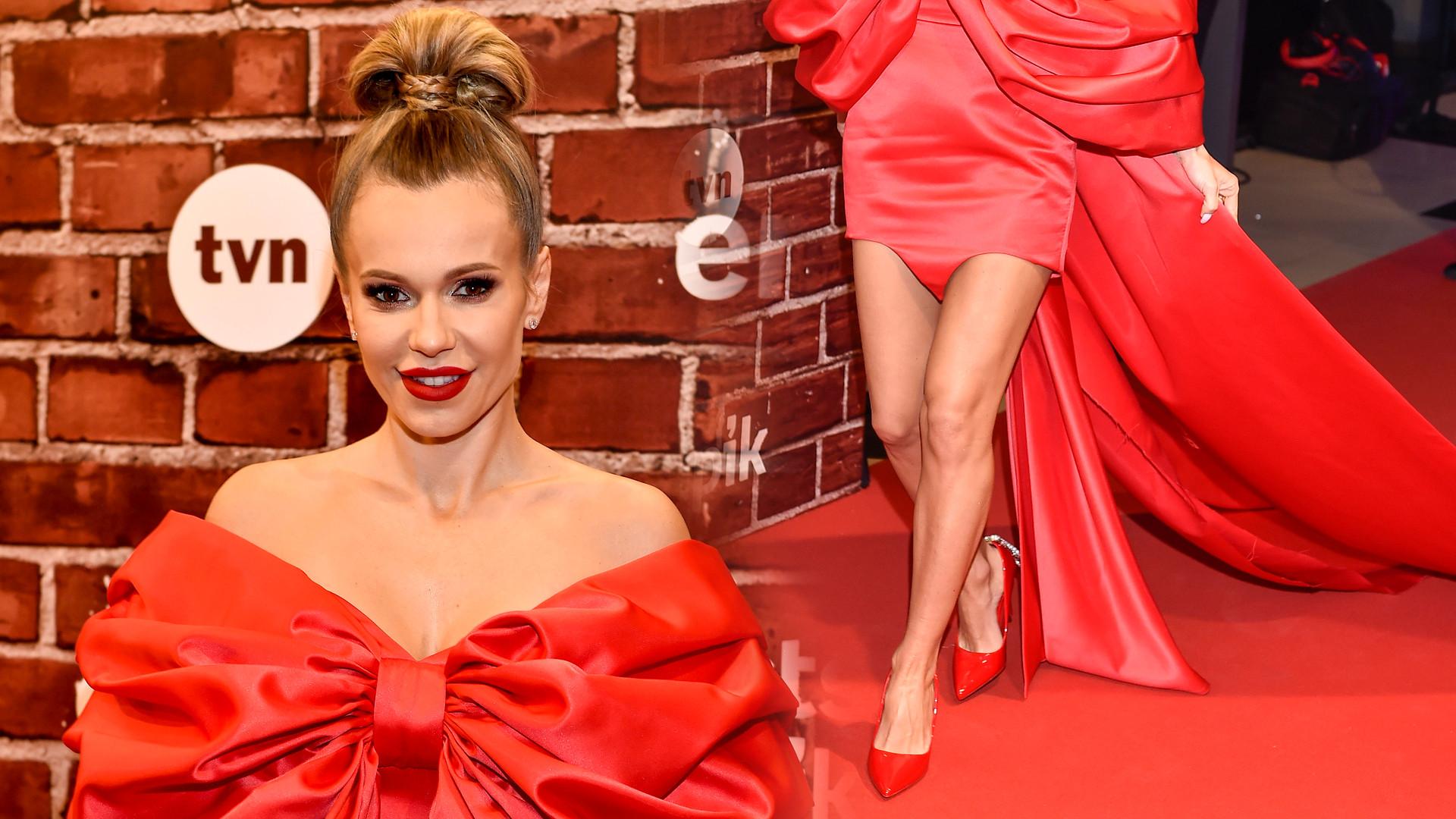Doda w czerwonej sukni z olbrzymią kokardą – w piątek gwiazda kończy 35 lat