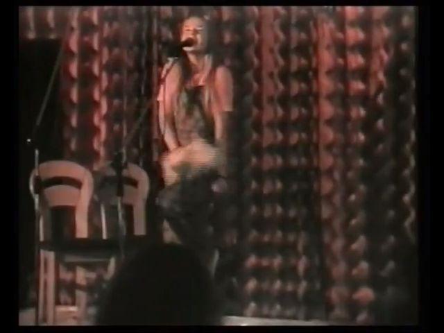 Kilkunastoletnia Doda �piewa By� kobiet� [VIDEO]