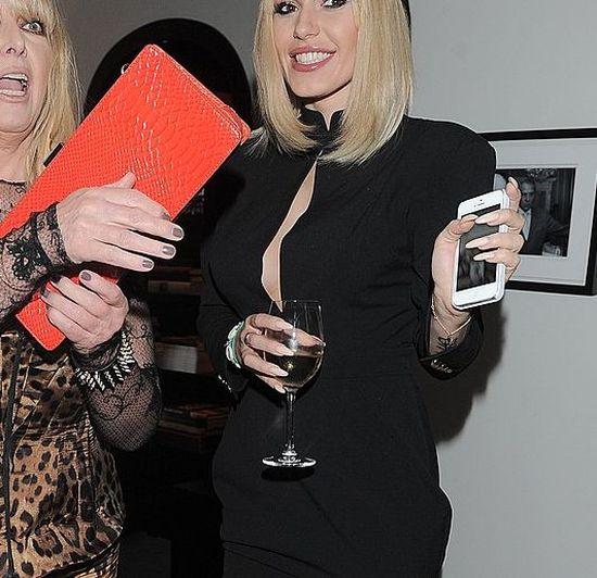 Na imprezie Party jak jeden m�� podkre�li�y biusty (FOTO)
