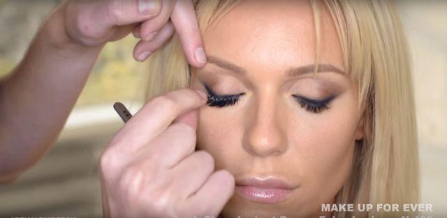 Jest tutorial z makija�ami Dody (VIDEO)