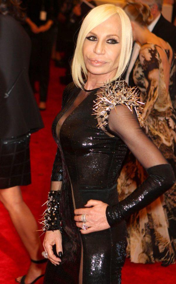 Donatella Versace ma specjaln� dru�yn� glam