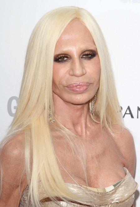 Donatella Versace - czy ta twarz coś jeszcze przyjmie? FOTO
