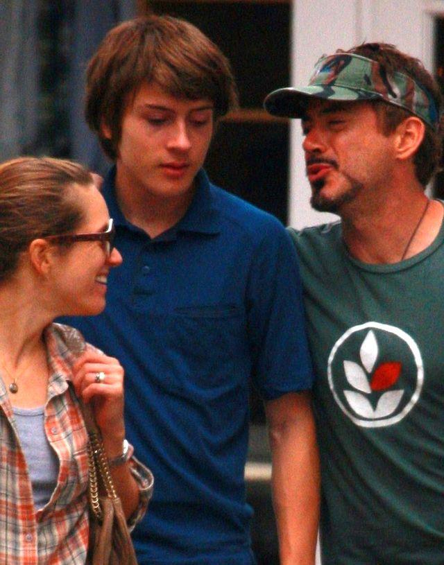 Syn Roberta Downeya Jra ma si� konsultowa� z Iron Manem