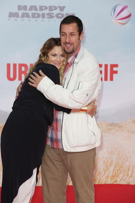 Drew Barrymore na salonach miesiąc po porodzie (FOTO)