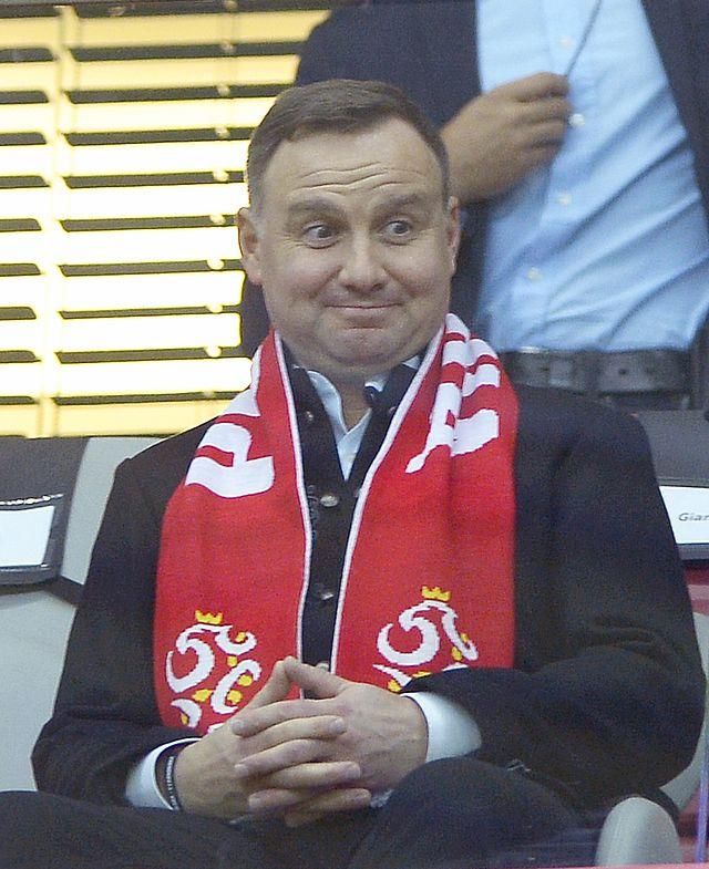 OMG! Siostry Godlewskie Śpiewają dla Andrzeja Dudy: Happy birthday Mr President