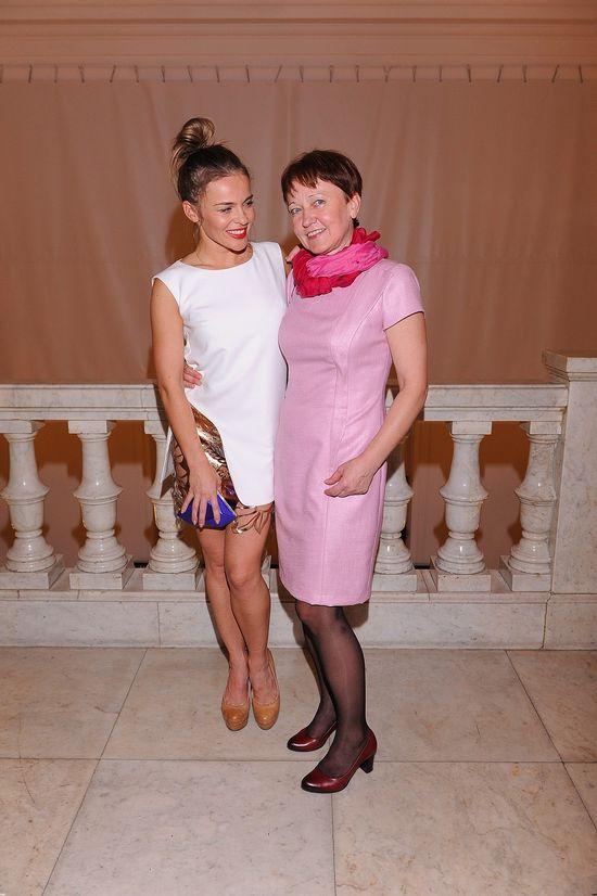 Edyta Herbuś zabrała mamę na premierę sztuki (FOTO)