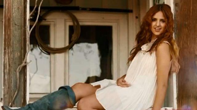 Nowa dziewczyna Liama Hemswortha miała operacje plastyczne!
