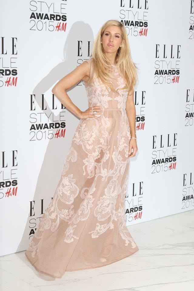 Ellie Goulding zachwycona piersiami Cary Delevingne
