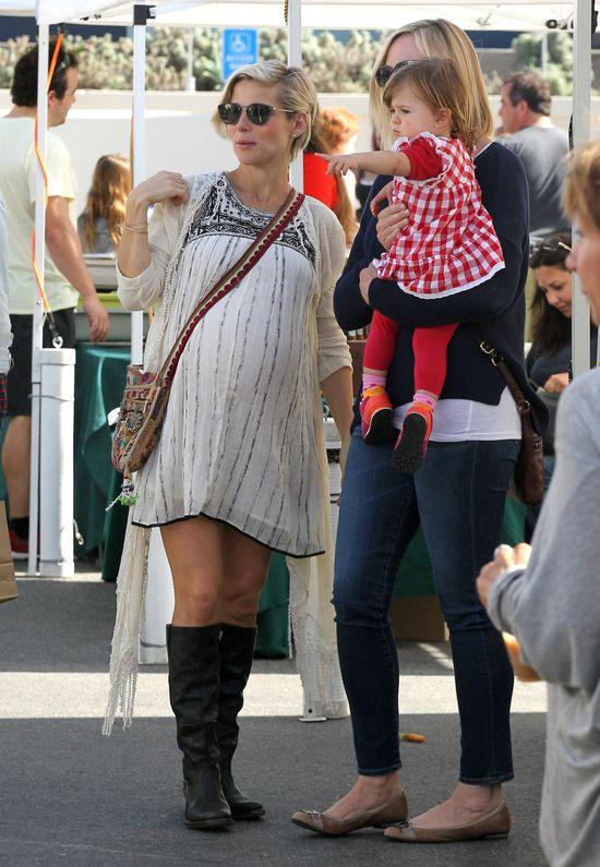 Elsa Pataky dzielnie znosi trudy ciąży (FOTO)