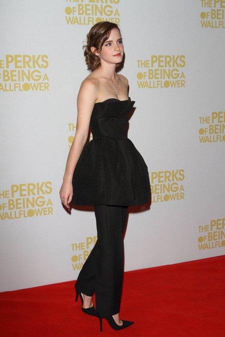 Emma Watson z kluczem na szyi (FOTO)