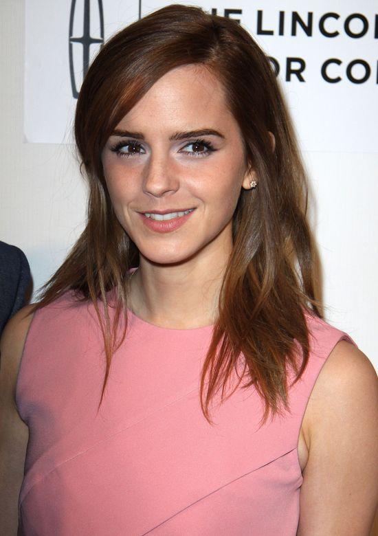 Tak wygl�da�a Emma Watson PRZED zmian� fryzury (FOTO)