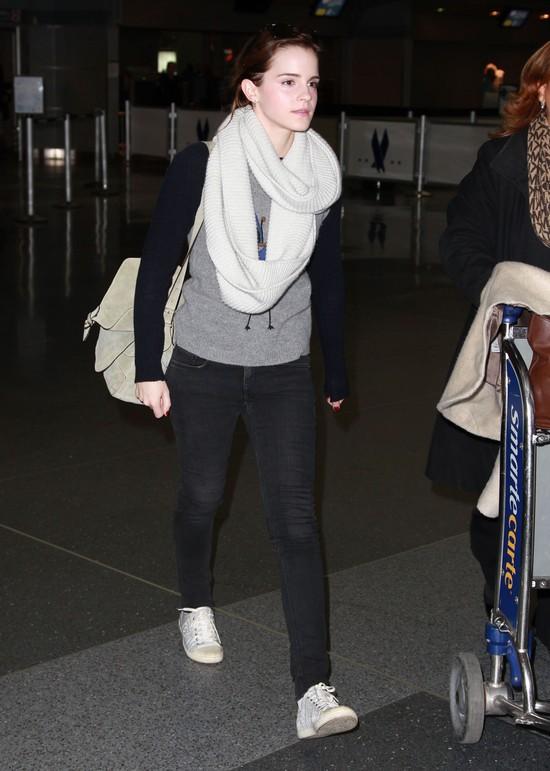 Emma Watson na co dzie� wygl�da jak zwyk�a dziewczyna