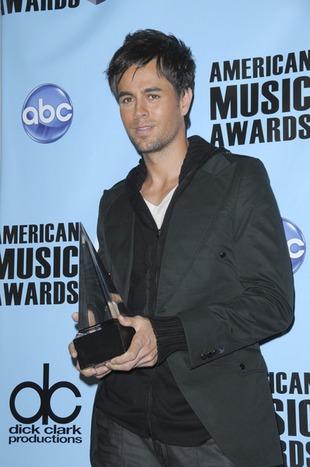 Enrique Iglesias nie oświadczy się Annie Kournikovej?