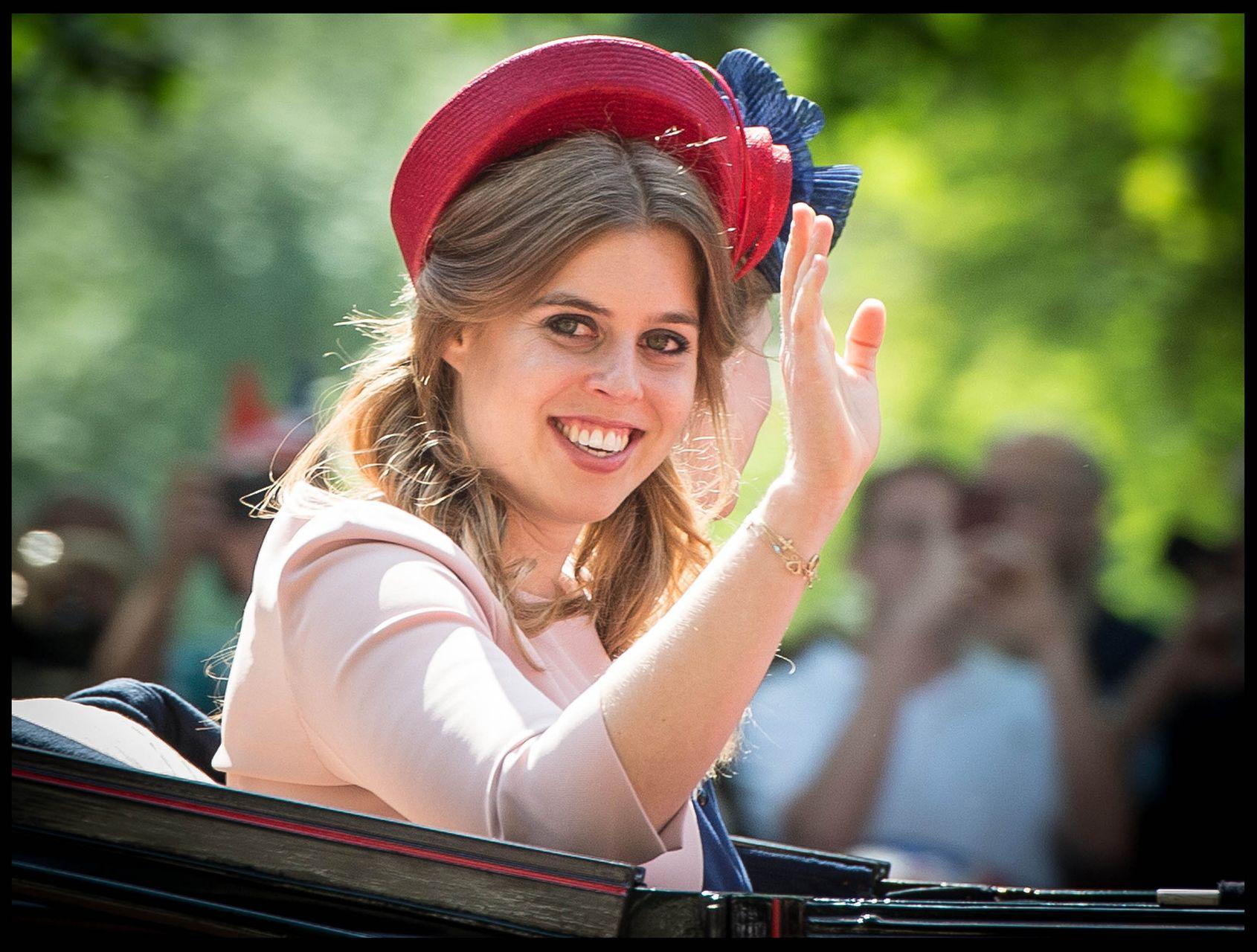 Księżniczka Eugenia wręczyła gościom listę dziwnych ZAKAZÓW