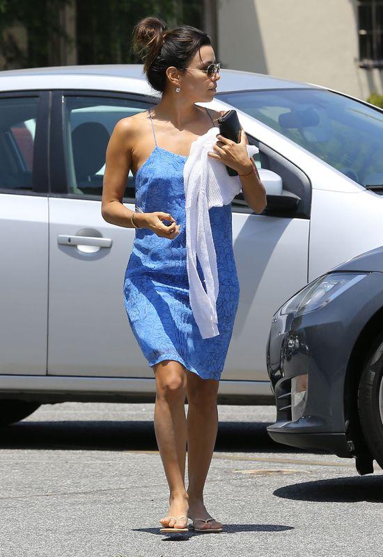 Eva Longoria potrafi naprawić samochód? (FOTO)