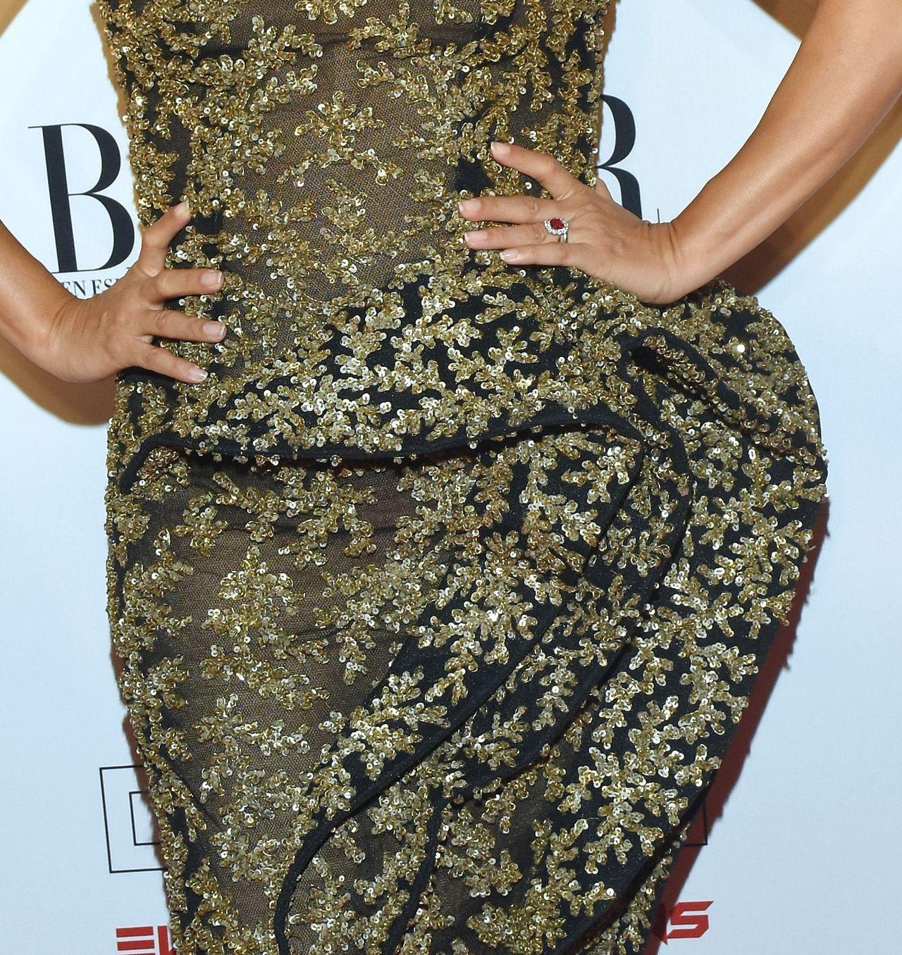 Gorzej nie mogła wybrać! Eva Longoria w FATALNEJ sukience (ZDJĘCIA)