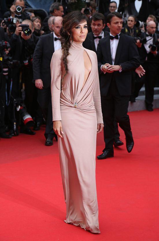 Eva Longoria w Cannes wsytąpiła w golfie (FOTO)