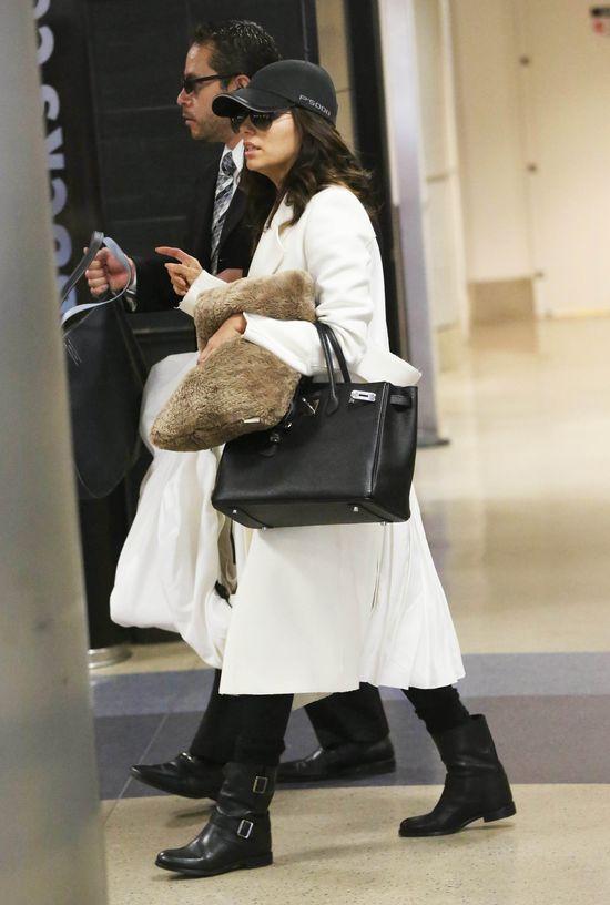 Victoria Beckham rozdaje ubrania przyjaciółkom? (FOTO)
