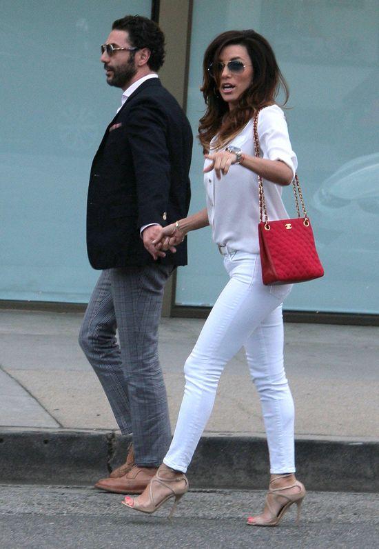Eva Longoria przy�apana z nowym ukochanym (FOTO)