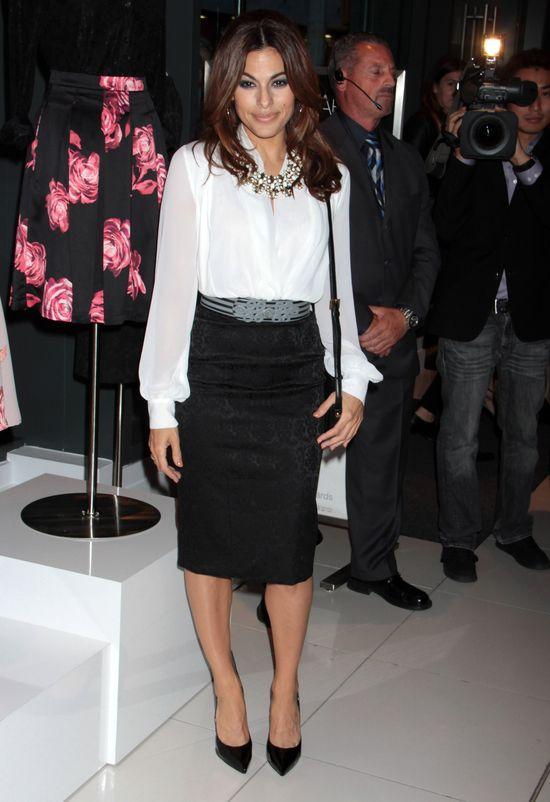 Eva Mendes promuje swoją pierwszą linie ubrań (FOTO)