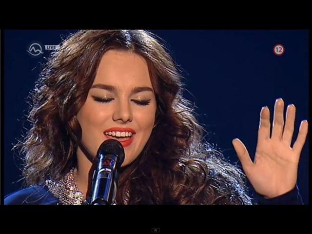 Ewa Farna śpiewa I Will Always Love You [VIDEO]