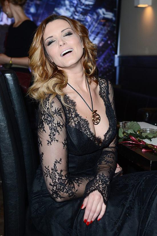 Felicjańska promuje swój thriller erotyczny (FOTO)