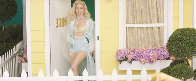 Fergie wygra�a internety! Kim, Chrissy i inne mamy obla�y si� dla niej mlekiem
