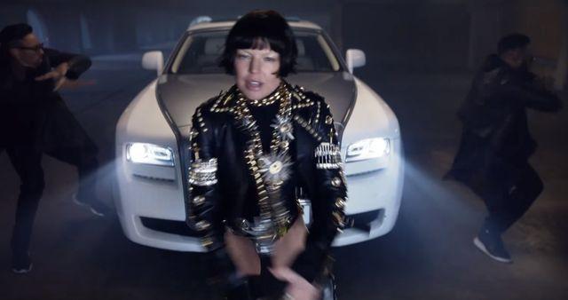 Seksowna (?) Fergie w klipie Like It Ain't Nuttin'