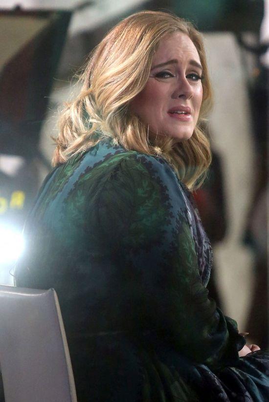 Adele ma jeden, bardzo OBRZYDLIWY nawyk... Nie zgadniesz jaki! (VIDEO)