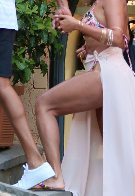 Wielkie uda Beyonce i jej cellulit (FOTO)