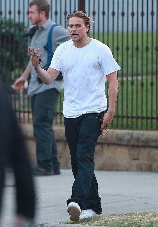To, że Hunnam zrezygnował z roli Greya NIE jest żadną niespo