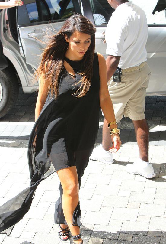 Siostry Kardashian tyją w najlepsze (FOTO)