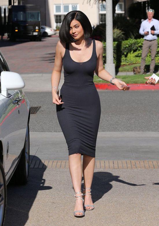 Kylie Jenner ma BLOND boba! Fani wariują na punkcie tej fryzury!