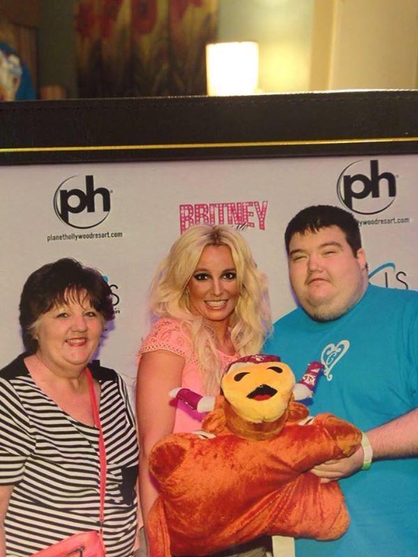 Britney Spears spotka�a si� z ci�ko chorym fanem (FOTO)