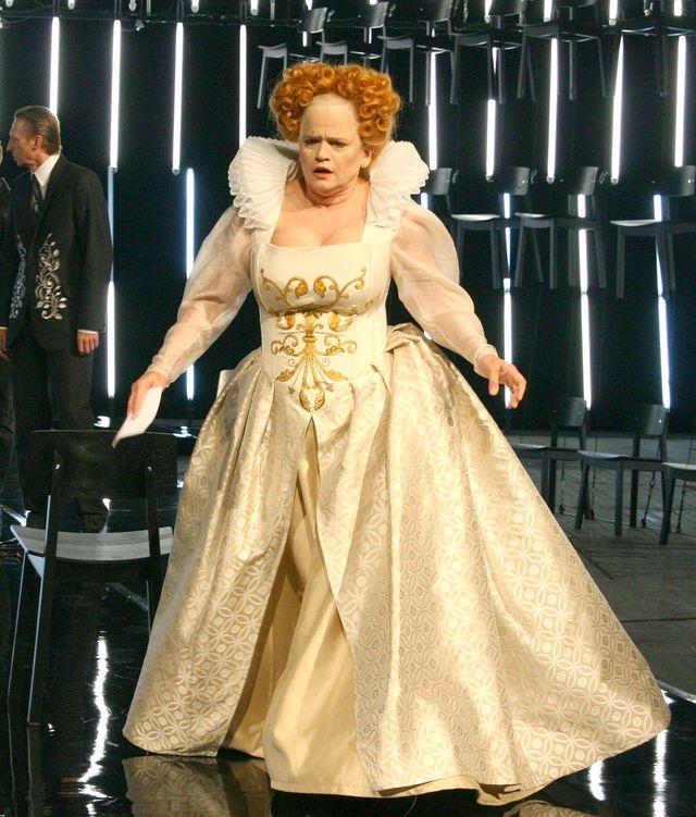 Katarzyna Figura w roli królowej Anglii (FOTO)