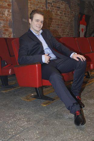 Filip Mettler wygląda jak staruszek (FOTO)